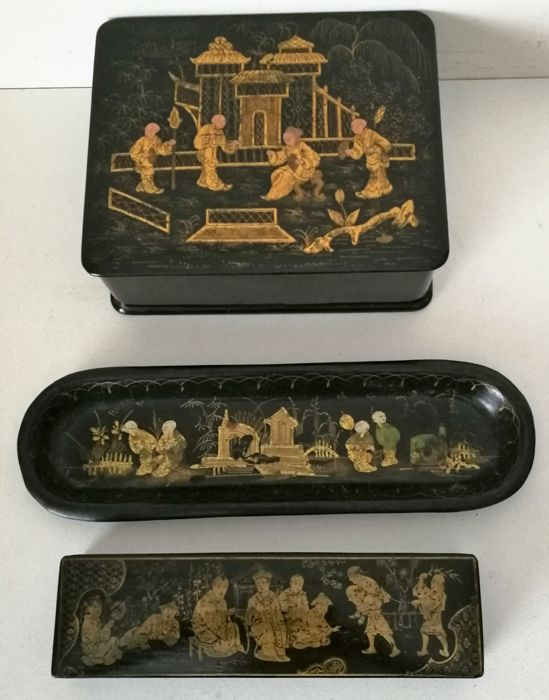 Three wooden items in black lacquer with gold painting - Asia - first half of 20th century
