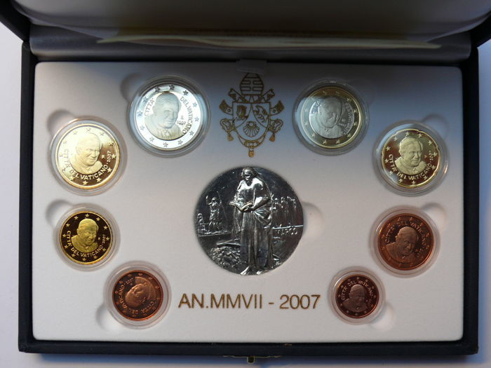 Vaticaan - year set 2007 including silver medallion in original box