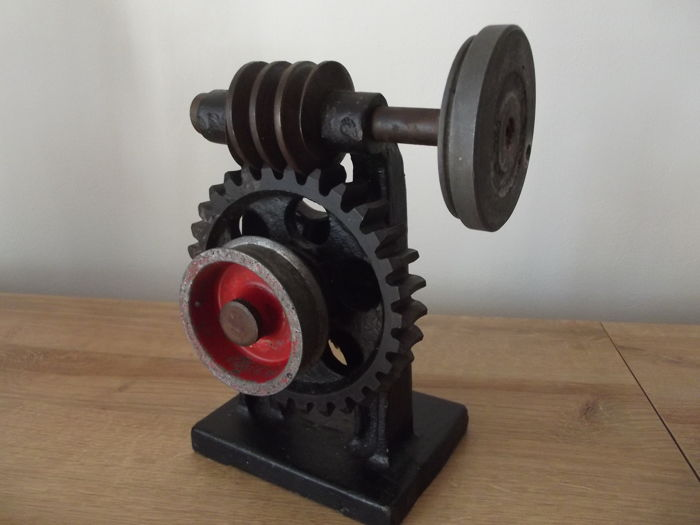 Demonstration study model of worm gears 1960's Poland