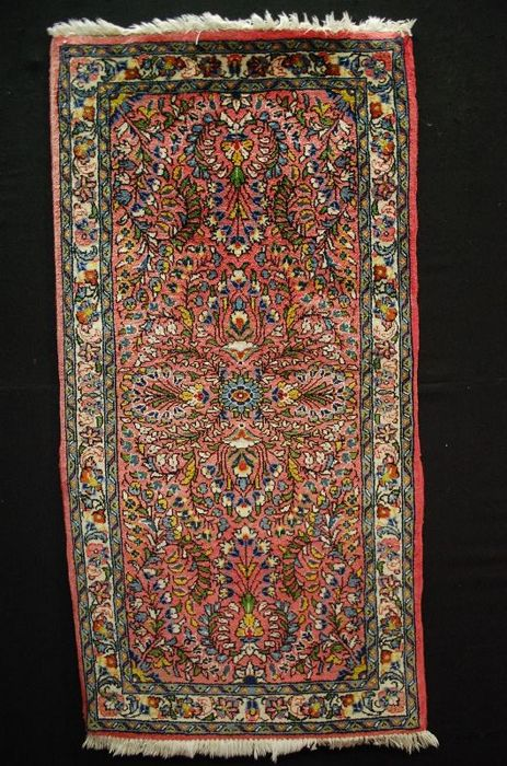 sarough     approx: 133x68cm     iran