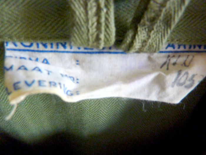 Marine Corps  Complete dungaree / field uniform, with