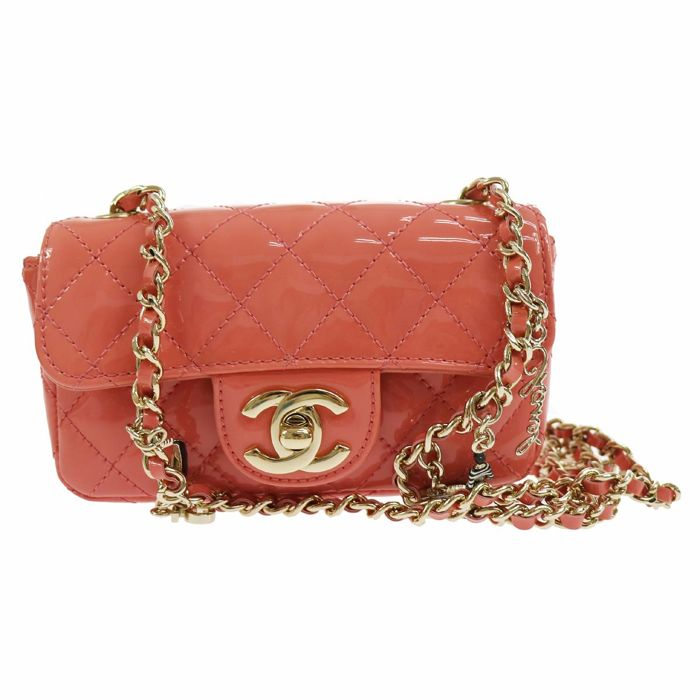 Chanel - Pink Quilted Patent Leather Flap Crossbody bag