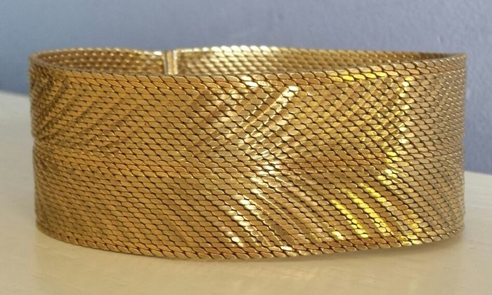 Wide, 18 karat gold plated bracelet - 1960s