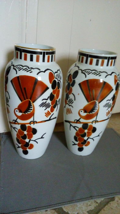 Keller & Guerin - pair of vases with birds - model Ceylon