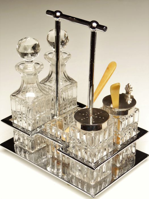 6-piece cruet stand in a chrome holder with crystal glass containers - Art Deco, Bauhaus era