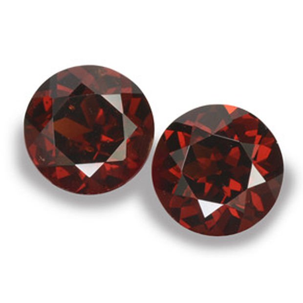 Almandite Garnet – 4.22 ct total – pair