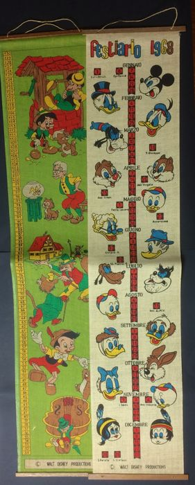Walt Disney - 2 m decorations for kids to be hung on wall, both in a jute type fabric - (1968)