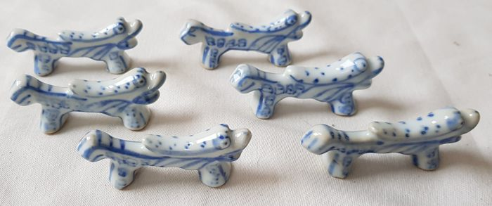 6 Hand painted porcelain knife rests in the shape of dogs for a complete table setting & 6 Hand painted porcelain knife rests in the shape of dogs for a ...