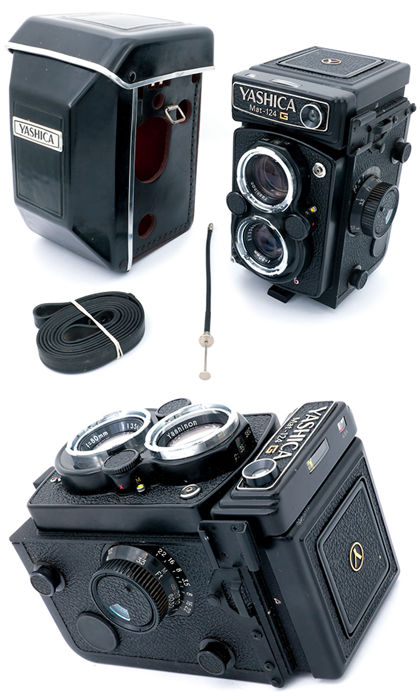 Yashica Mat 124G twin lens reflex camera w/original case + cable shutter release + strap. MINT.