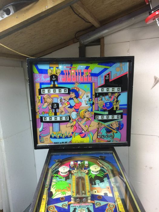 Williams jubilee 1973 pinball machine