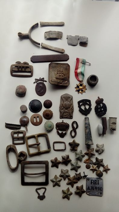 Intersting lot of military objects