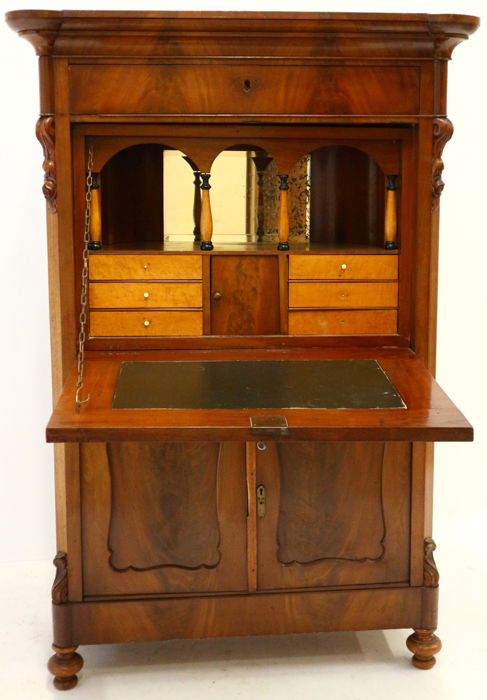 Cuba-mahogany with mahogany Biedermeier secretaire - the Netherlands - ca. 1860