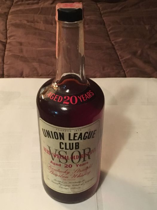 Old Boone distillery - Union League Club of Chicago Very Special Old Reserve Aged 20 years - bottled 70s