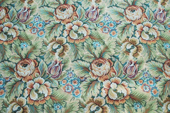 Large remnant of reversible Gobelin fabric - with embossed floral designs, cotton blend - 6 x 2.80 m