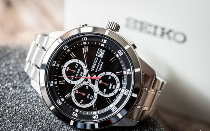 Seiko - Sports Black Dial Edition -   Chronograph- made in Japan Caliber 4T57  - Men - 2011-present
