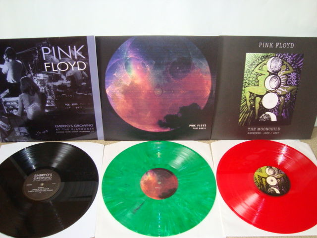 Pink Floyd: Lot of 3 rare LP-albums II Embryo's Growing At The Playhouse II Flat Earth (Green Color Vinyl) II The Moonchild Archives 1966/1967 (Red Color Vinyl)