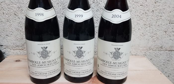 """1998 Chambolle Musigny 1er cru """"Les Amoureuses""""  Domaine Moine Hudelot x 1 bottle   - 1999 Chambolle Musigny 1er cru """"Les Amoureuses""""  Domaine Moine Hudelot x 1 bottle   - 2004 Chambolle Musigny 1er cru """"Les Amoureuses""""  Domaine Moine Hudelot x 1 bottle  / 3 bottles total"""