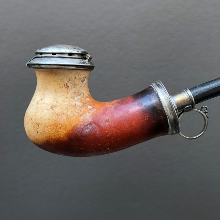Nice meerschaum pipe with silver or white metal fitments - Scandinavia? ca. 1860