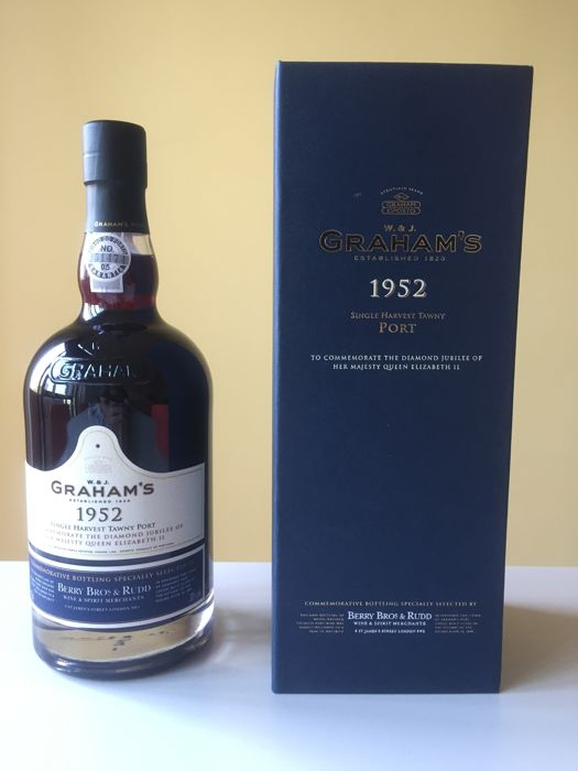 1952 Colheita Port Graham's Single Harvest Tawny - bottled in 2011