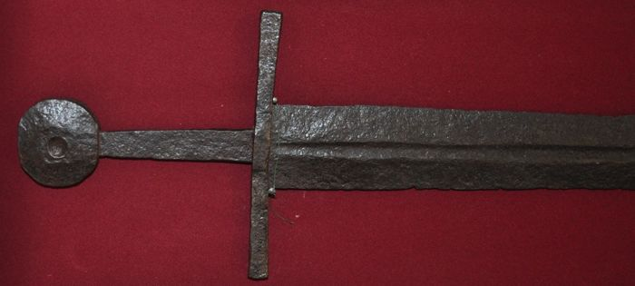 knightly sword - 11th to 13th century - Germany