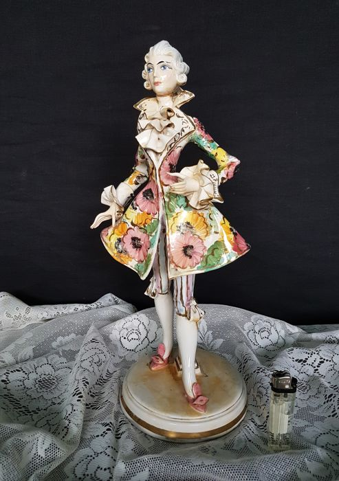 Capuani - noble Rococo costume - hand painted polychrome ceramic statuette