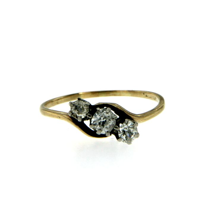Victorian Diamond Three-Stone Gold Ring