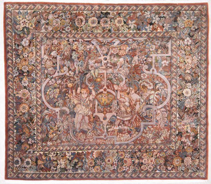 Indian tapestry, 233 x 205 cm