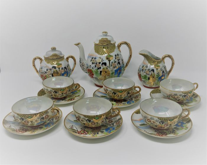 Tea set - Kutani porcelain - Japan - Mid 20th century