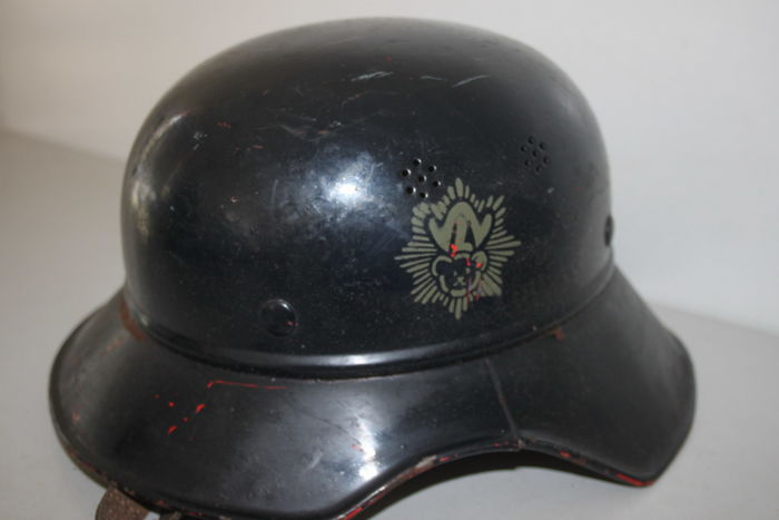 Gladiator steel helmet of the German air-raid protection from the Steiff company - German Wehrmacht - WW II