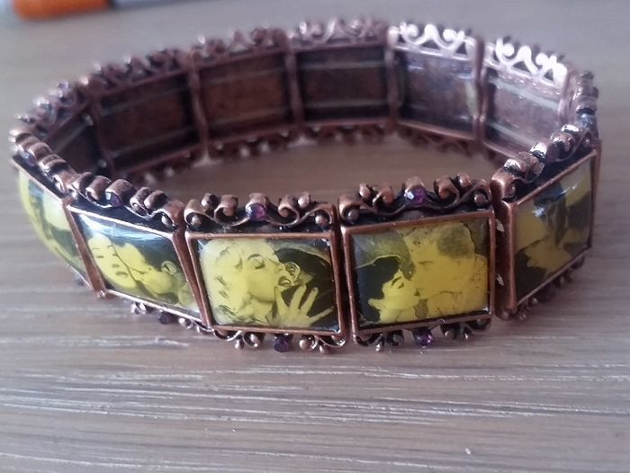 Handmade bracelet 1960 - Movie stars merchandise