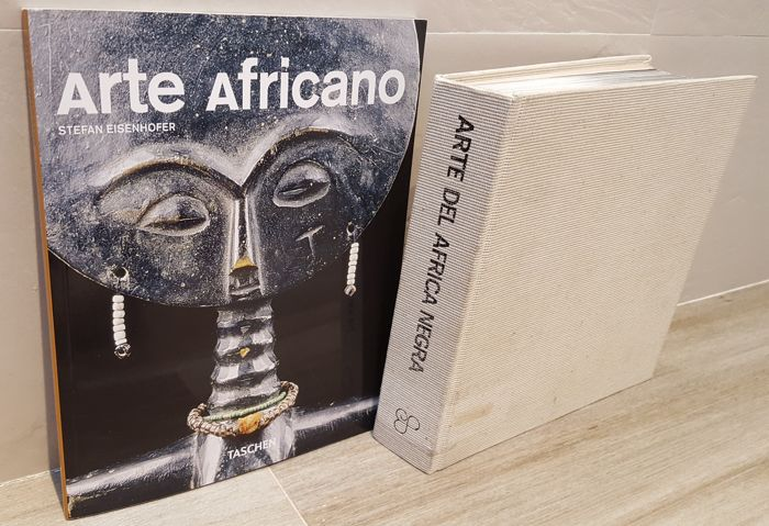 LOT OF 2 BOOKS: Arte del África negra / The Art of Black Africa / L' Art de l'Afrique noire / Kost barkeiten Afrikan (4 languages: English, French, German and Spanish) from 1976 and Arte africano by Stefan Eisenhofer
