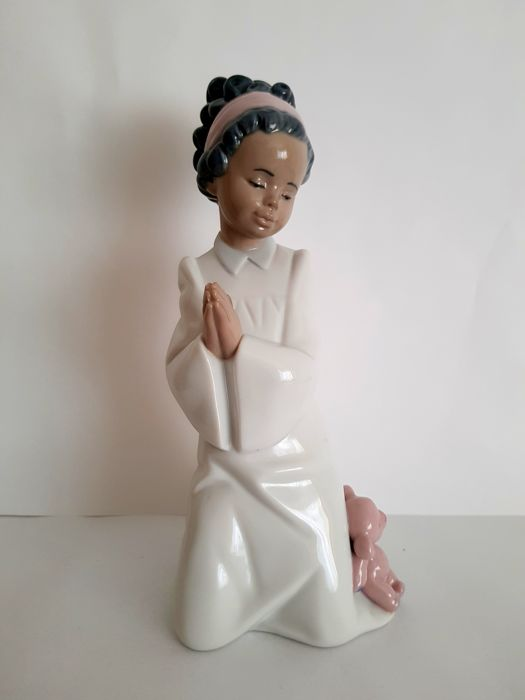 Lladró Figurine - 'Bedtime Prayers' in the Original Box with Certificate