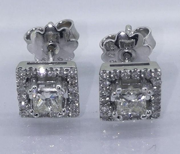 Ear studs set with 2 0.50 ct princess cut diamonds & 40 brilliants ***No reserve price***