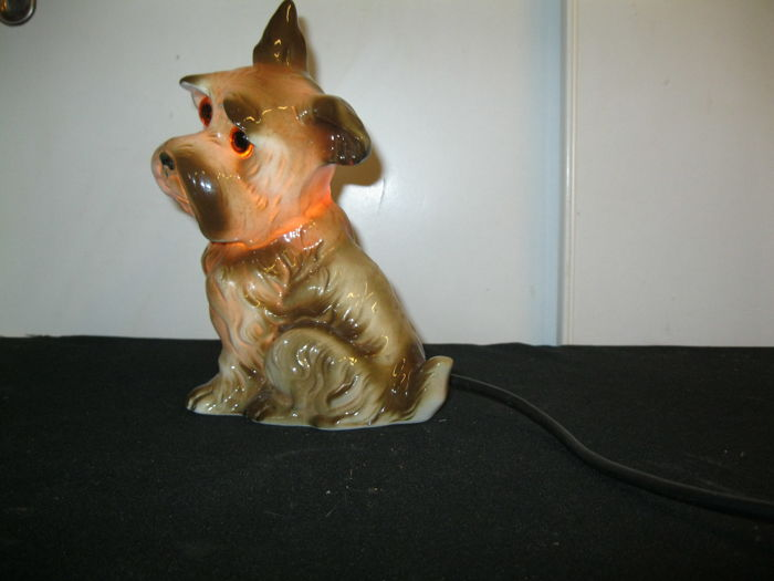 Vintage smoke extractor / perfume lamp shaped like a dog