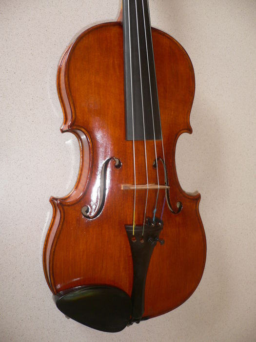 Unique Bohemian 7/8 violin, brand F.X. DROZEN (1897-1965), beautiful, full sound