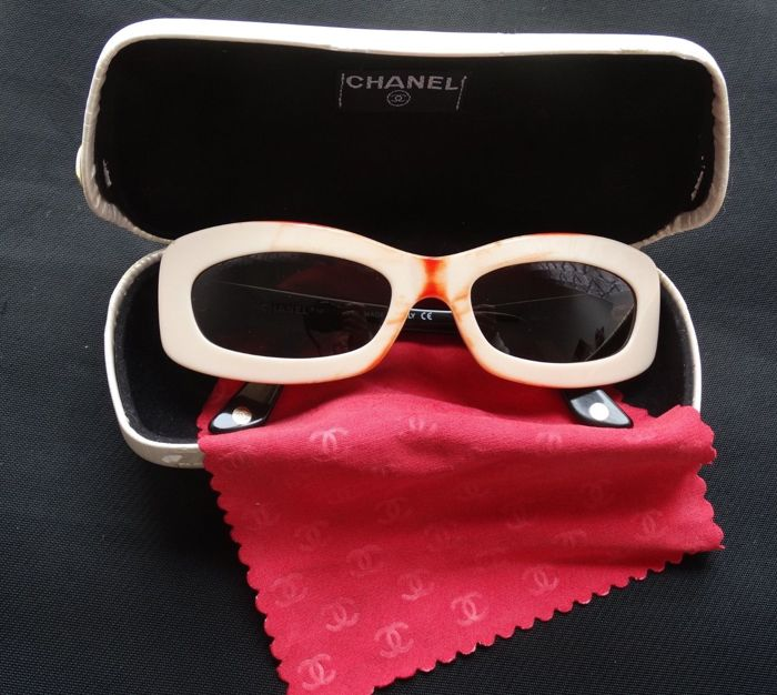 743e5d9c2859d Chanel - 5006 C 536   93 19 135 Sunglasses - Vintage - Catawiki