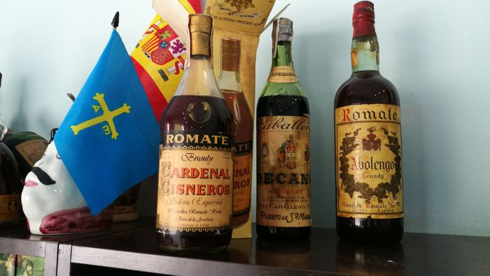 1. Cardenal Cisneros - Special Solera - Sanchez Romate Hermanos - harvest 60s - Seal of 4 pesetas 1. Dean - Luis Caballere - Seal of 80 cents - bottled 1960s  1. Abolengo - Sanchez Romate Brothers - Seal of 80 cents - bottled 1960s