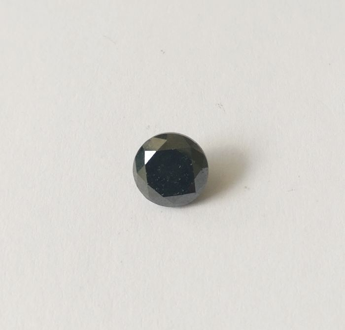 3.22 ct Round cut diamond Fancy Black