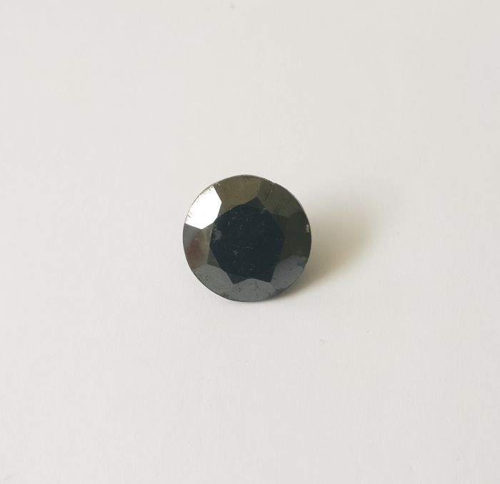21.22 ct Round cut diamond Fancy Black