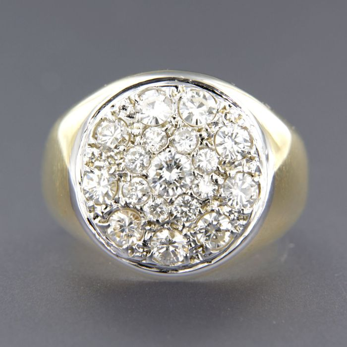 18 kt bi-colour gold ring set with brilliant cut diamonds, approx. 0.80 carat in total