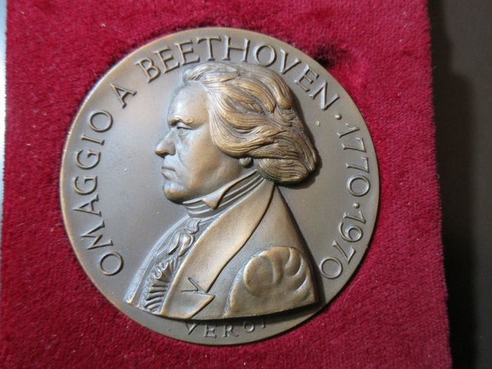 "San Marino - ""Omaggio a Beethoven"" (Homage to Beethoven) medal"