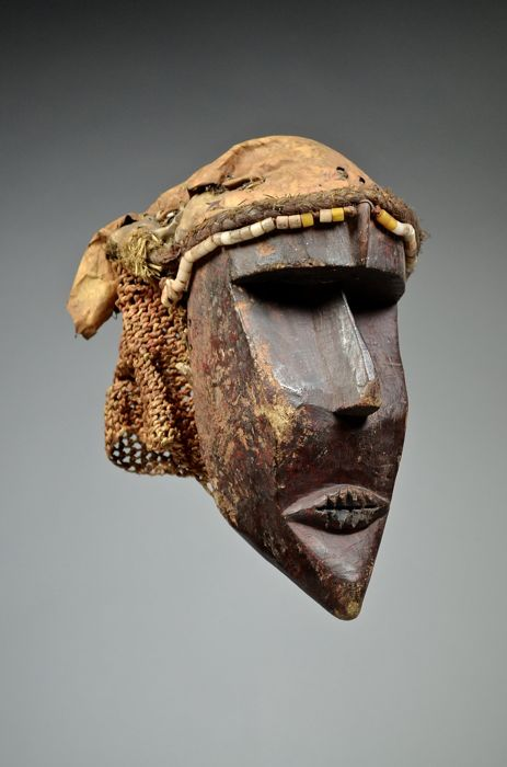 Old used KATOYO mask - CHOKWE - Angola