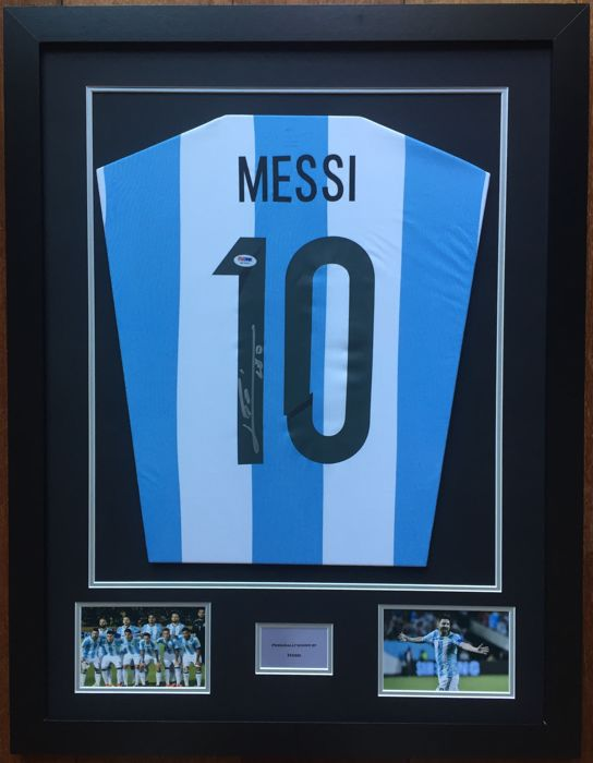 Messi hand signed Argentina Jersey - LOA PSA/DNA