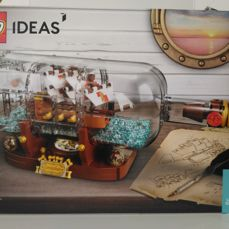 Ideas 21313 - Ship in the Bottle + Minifigure Factory 5005358