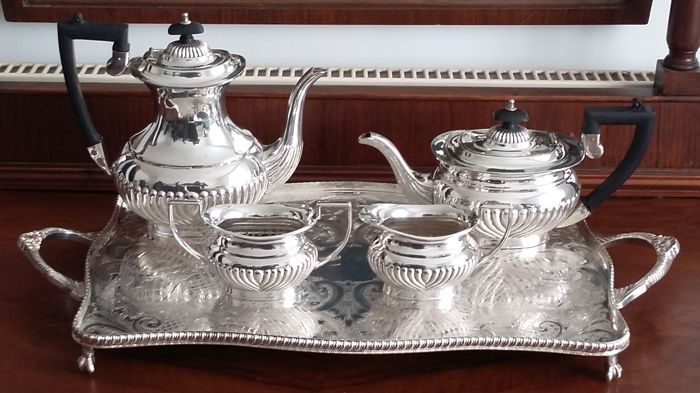 Cheltenham & Company LTD sheffield antique silver plated tea set bakelite handle &  tray made in england.