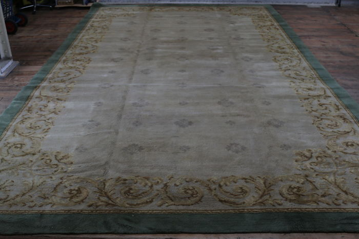 Dutch Deventer Carpet 615 x 355 cm