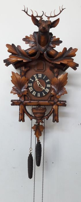 Cuckoo clock with deer, nest and oak leaves - Germany, ca. 1950