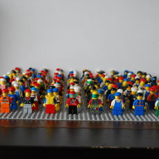 Assorted - 150 mini figures - various themes