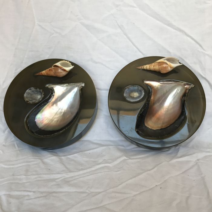 Sea Shells (design By Silvia) - Pair of perspex ashtrays