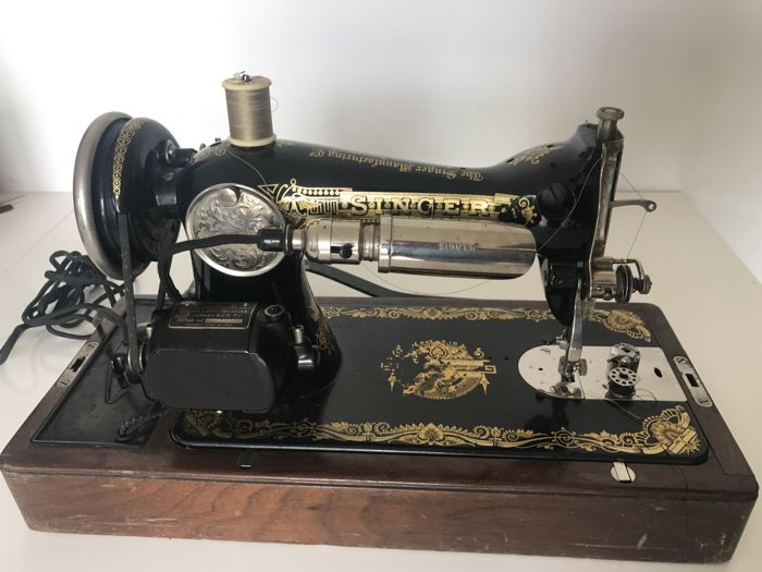 Singer 15K sewing machine, 1929